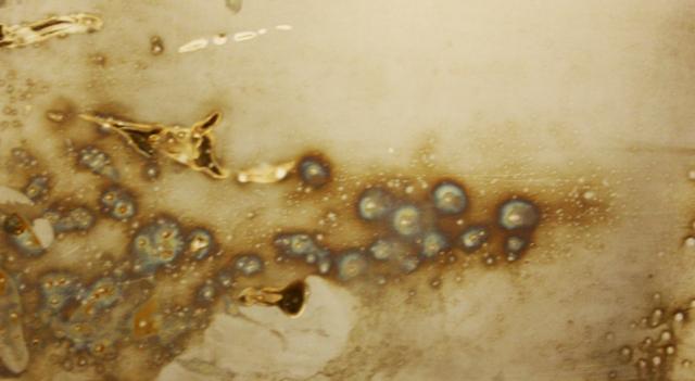Arte Chimica dei Metalli - Acciaio bucherellato