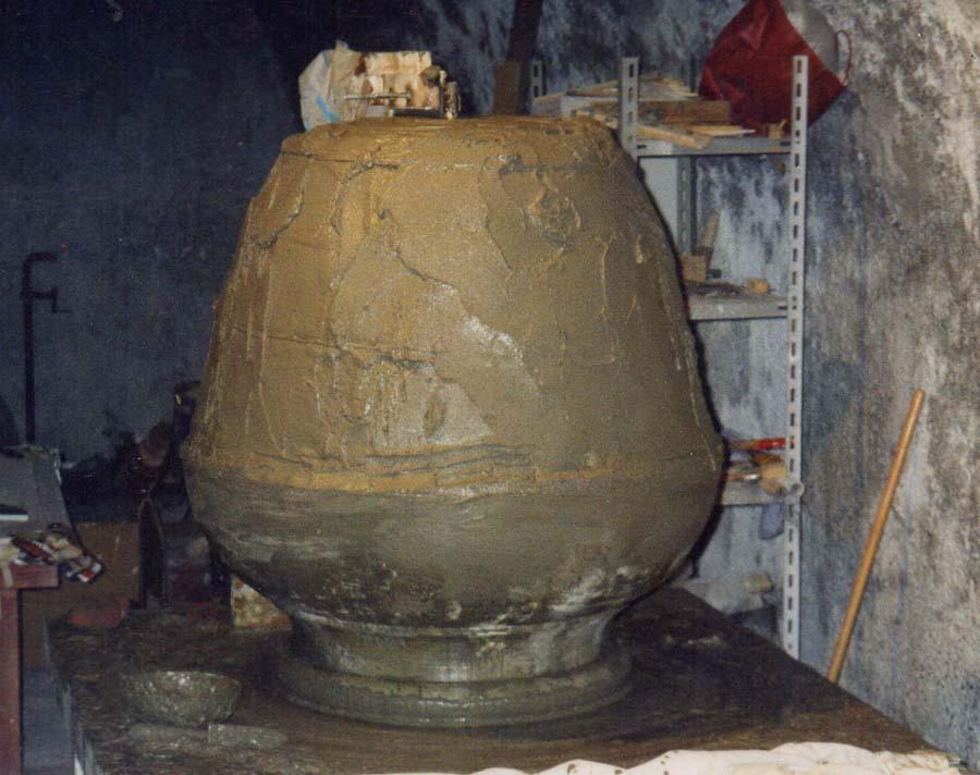 Produzione vaso cemento